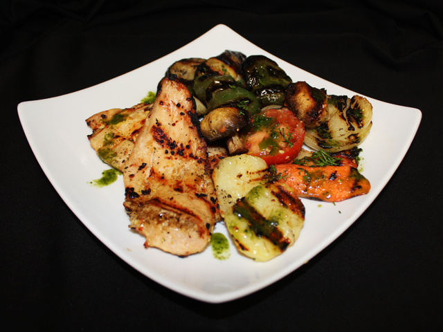 Chicken grill with vegetables