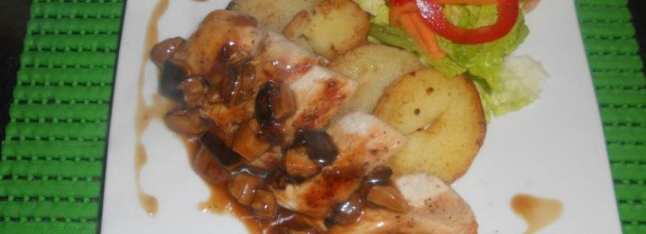 Chicken breast in mushroom sauce