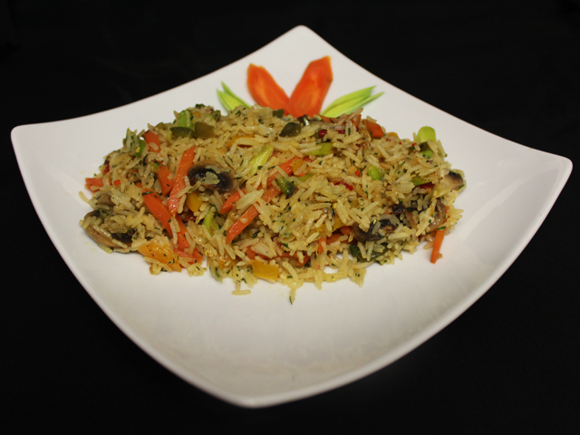 Rice and vegetables (v)